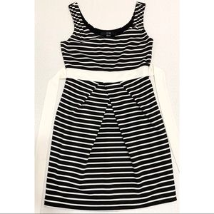 Black & White Striped Sleeveless Pencil Dress